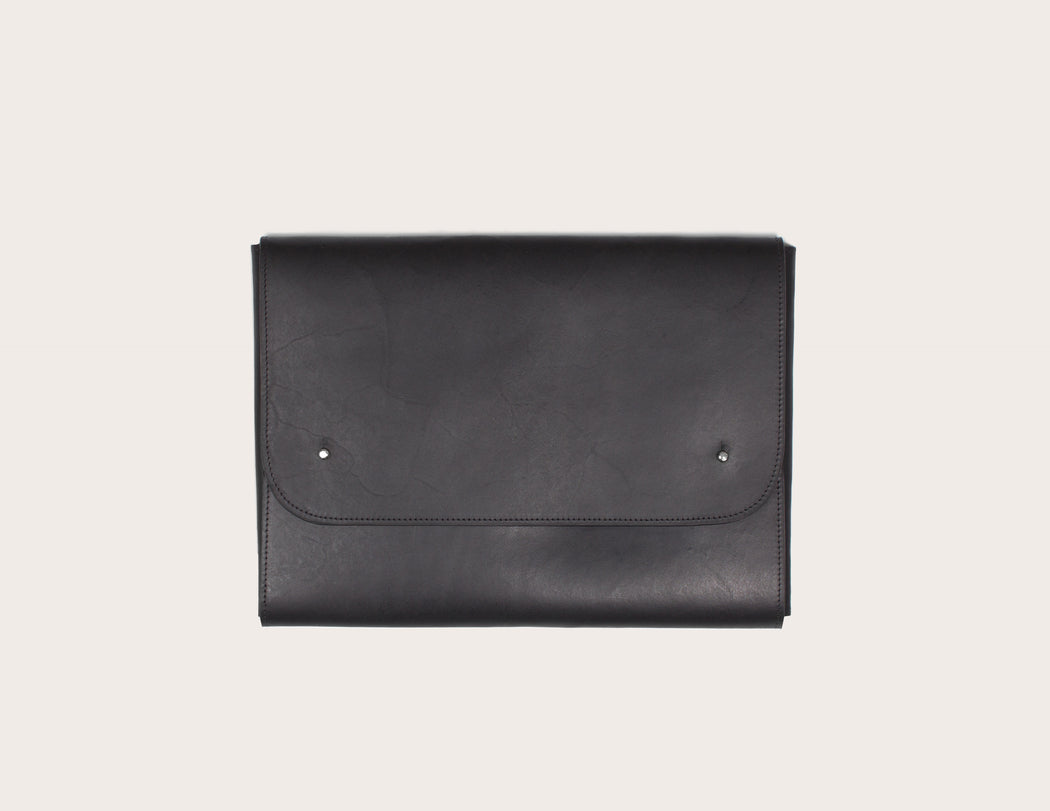 Miljours Studio - Black leather laptop case