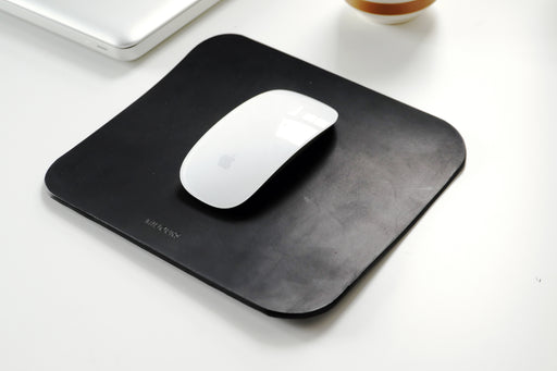 MC KEE leather mouse pad