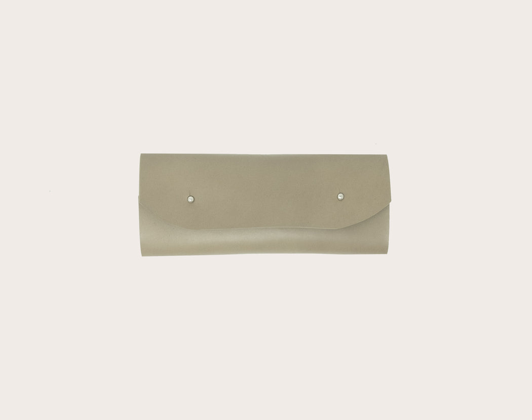 Miljours Studio - Taupe leather pencil case