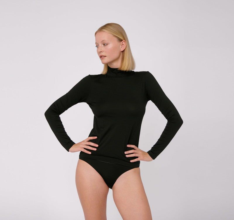 BLACK TENCEL™ LITE TURTLENECK | ORGANIC BASICS