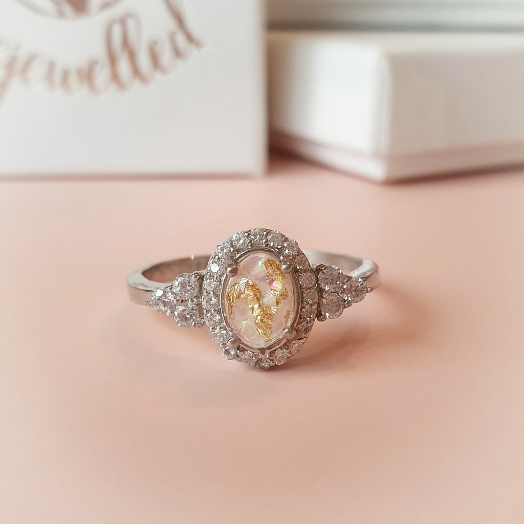 Oval Winged Luxe Ring