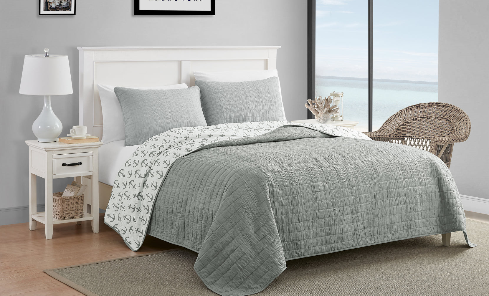 Caribbean Joe Reversible Quilted Coverlet and Bedspread