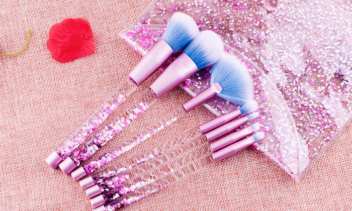 7-Piece Set: Glitter Makeup Brushes with Storage Pouch