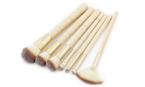 7-Piece Set: Bamboo Makeup Brushes