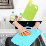 No-Muss, No-Fuss Foldable Cutting Board