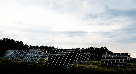 7 solar panels lined up