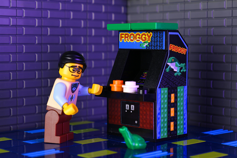 Custom LEGO Froggy Arcade Machine