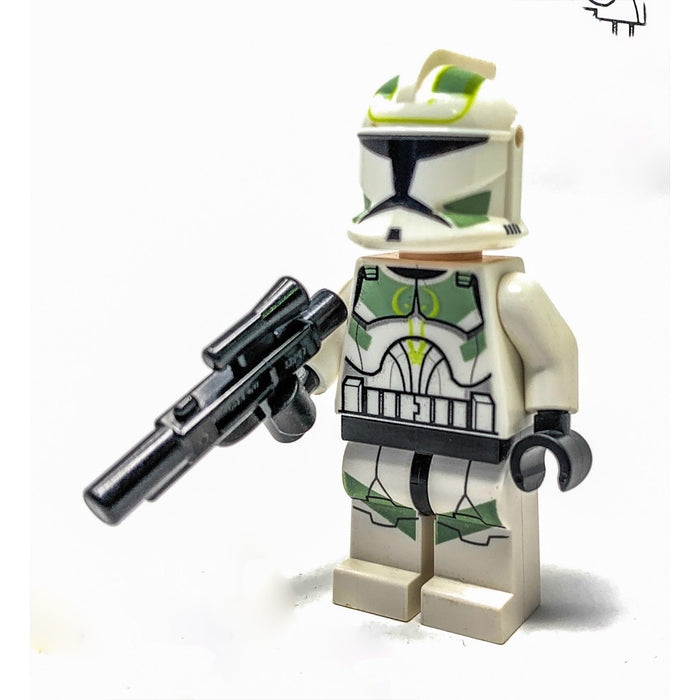 Lot of 2 Lego Star Wars Minifigures  CLONE TROOPER Sand Green Markings SW0298