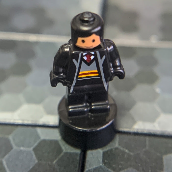 Gryffindor Student (Nano, Black Hair) - LEGO Harry Potter Minifigure (2018)