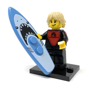 Pro Surfer (Male) - LEGO Series 17 Collectible Minifigure (2017)