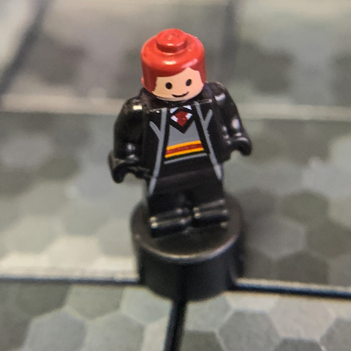 Gryffindor Student (Nano, Red Hair) - LEGO Harry Potter Minifigure (2018)