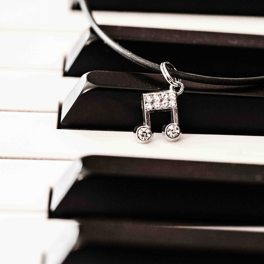 Music is good for the heart and soul – choker