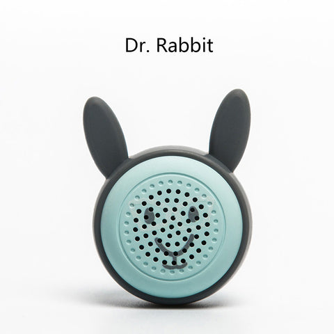 7 Touchscreen Bluetooth Car Stereo Selfie Speaker Lovely Animal Design Wireless Button Shutter Self-timer Function Loud Voice Portable Selfie Speaker (Miss Kitty)