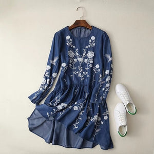 Floral Embroidered Tunic (2 Colors)