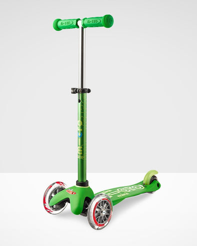 Mini Micro deluxe scooter green