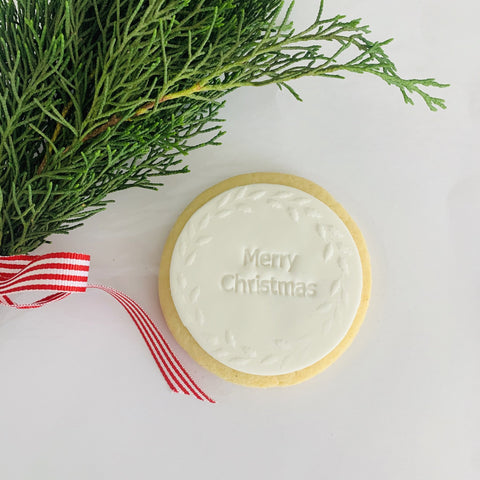 Merry Christmas Wreath | Hand crafted biscuit