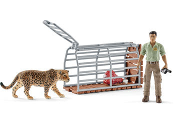 Schleich Trap with Ranger.