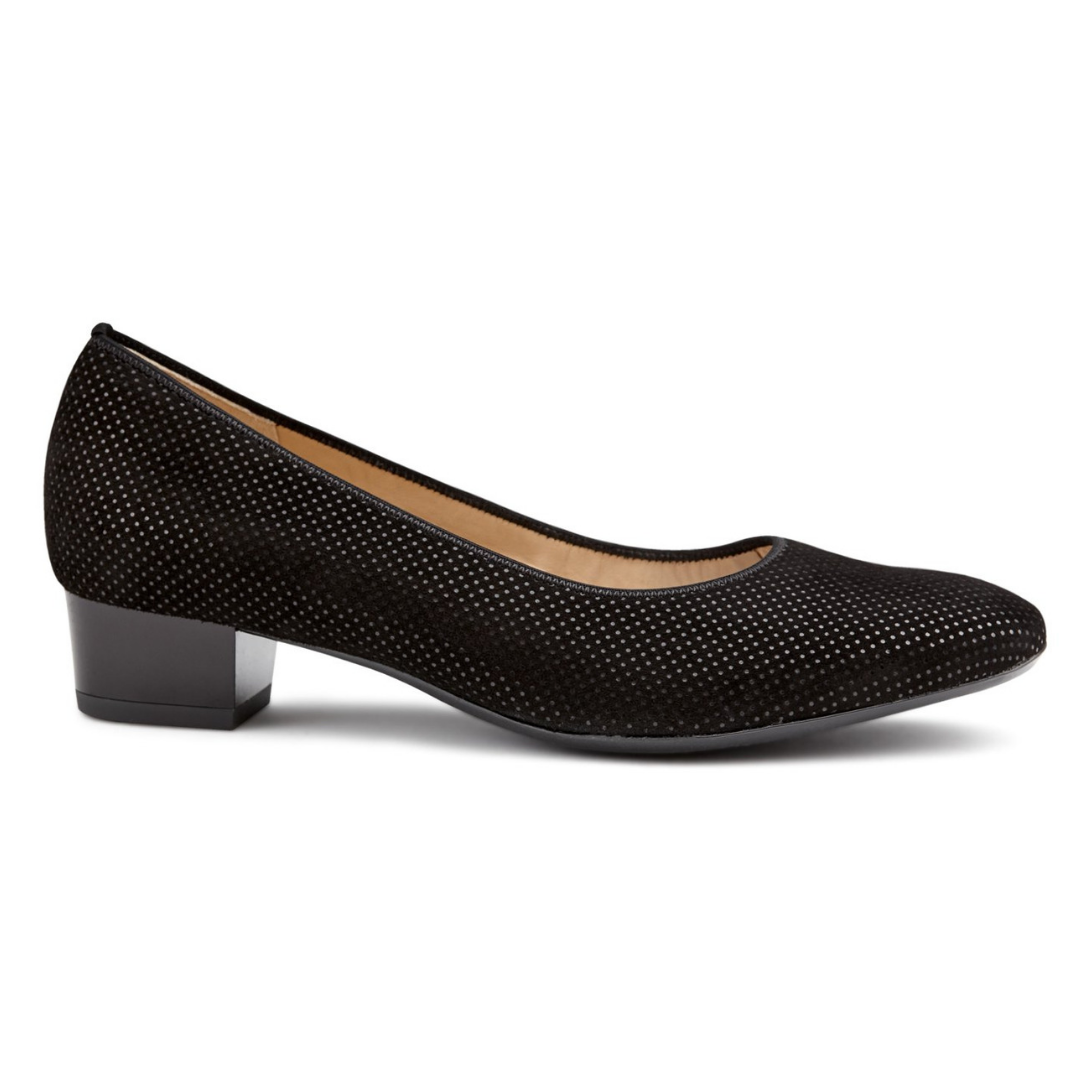 36801 Pumps in Black from Ara.