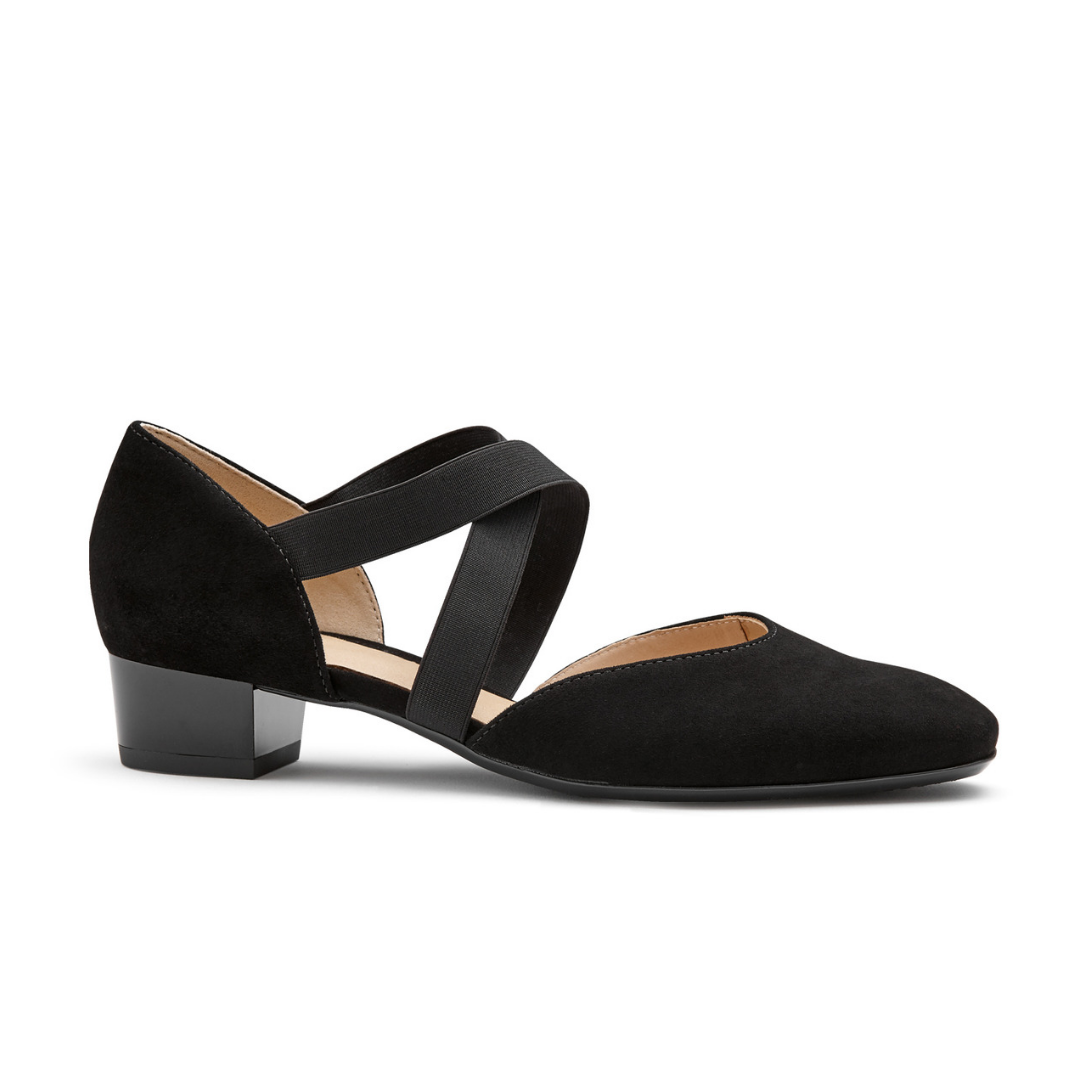 36831 Court Shoe in Black from Ara.