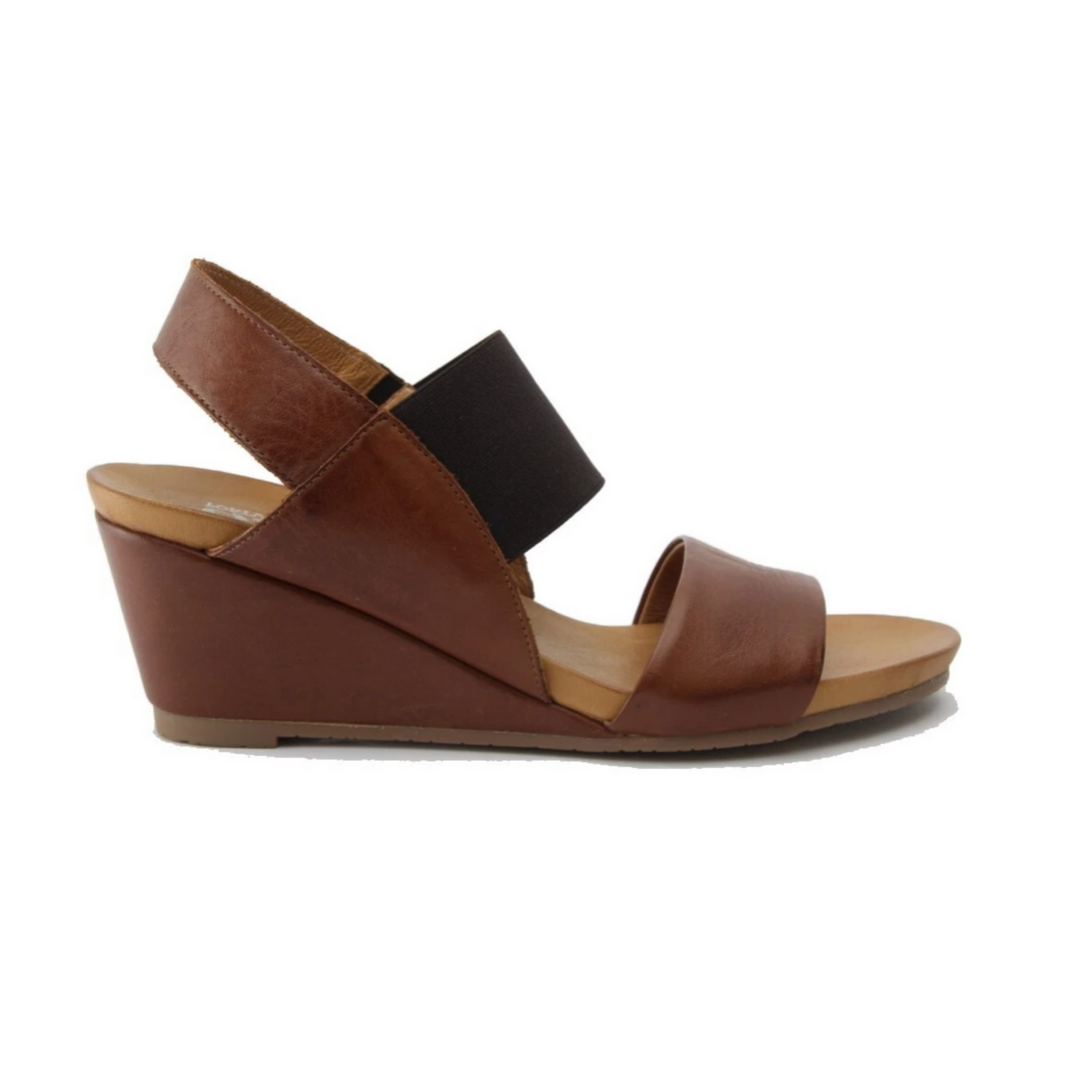 Enya sandals in brandy from Effegie