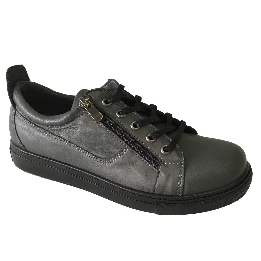 EG1520 sneakers in dark grey from Cabello