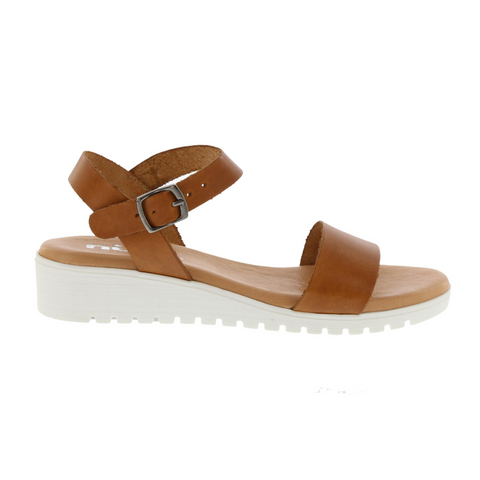 MC-4245 Sandals in Camello by Neo