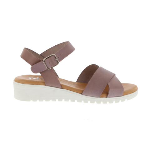 Neo MC-4477 sandals in lavender.