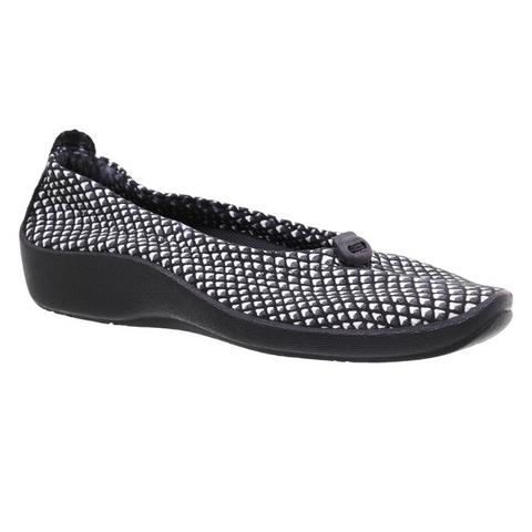 ARCOPEDICO. L14 - BLACK/WHITE WOMENS SHOES