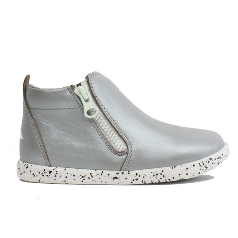 BOBUX. TASMAN I-WALK - SILVER KIDS SHOES