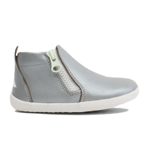 BOBUX. TASMAN STEP UP - SILVER KIDS SHOES