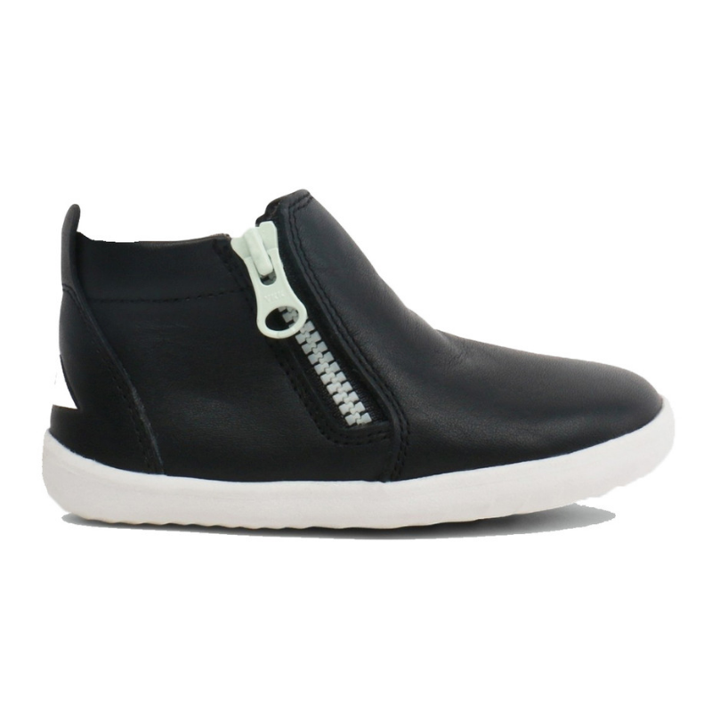 BOBUX. TASMAN STEP UP - BLACK KIDS SHOES