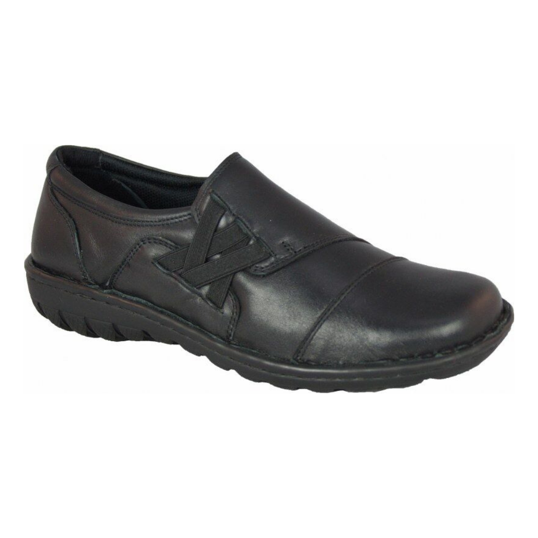 CP346-32 Slip-ons in Black from Cabello