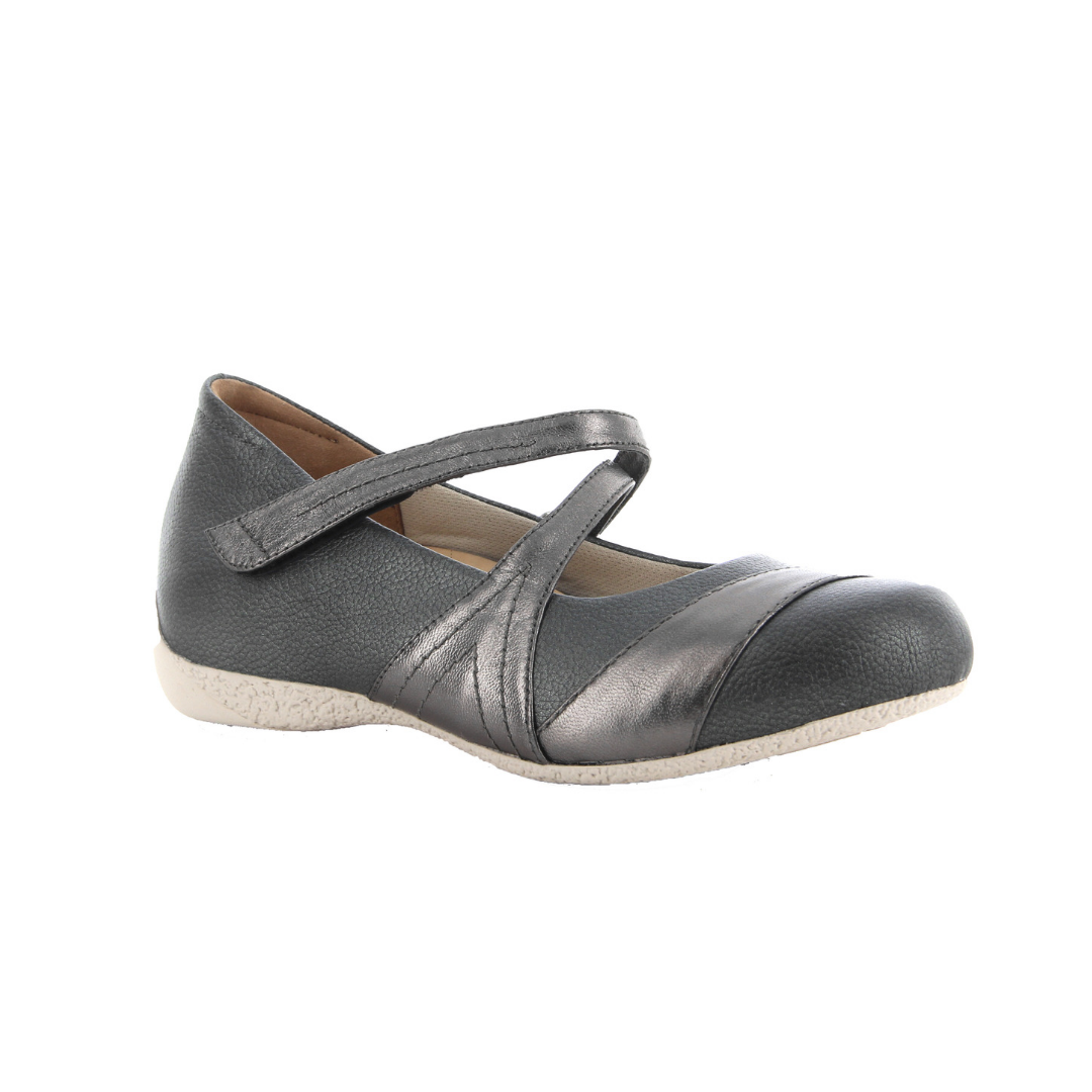 Xray Shoes in Pewter from Ziera