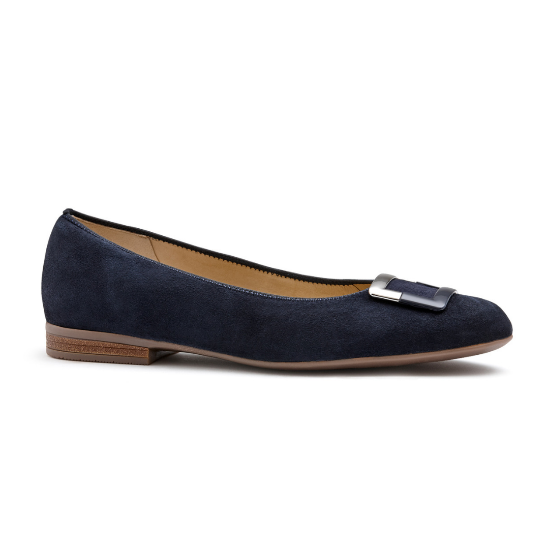 31332 Flats in Blue from Ara.