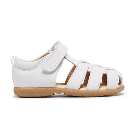 Scoop D Girls Sandals in White from Clarks.