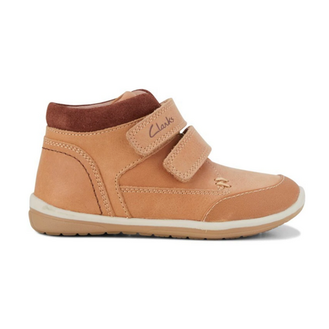 Munich E Sneakers in Tan Brown from Clarks.