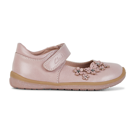 Meadow Girls Shoes in Dusty Pink from Clarks.