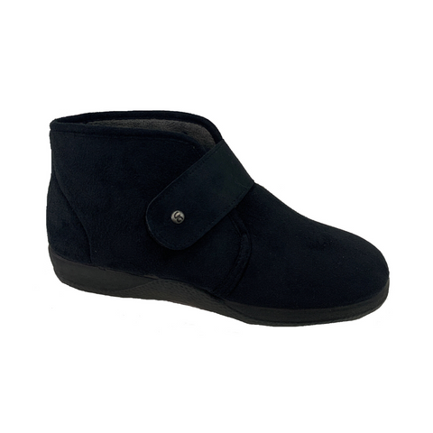 Boot Slipper 111 by DeValverde
