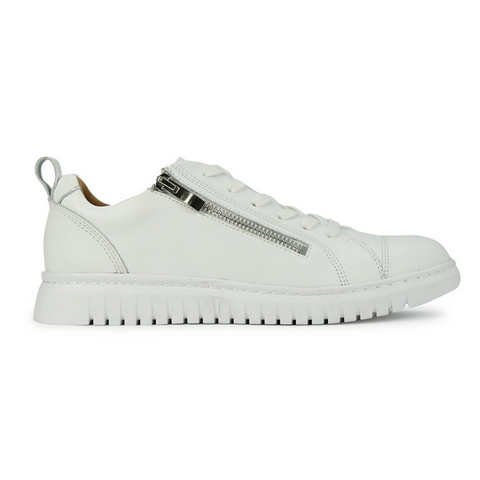 Clarence Sneakers in White fro Eos
