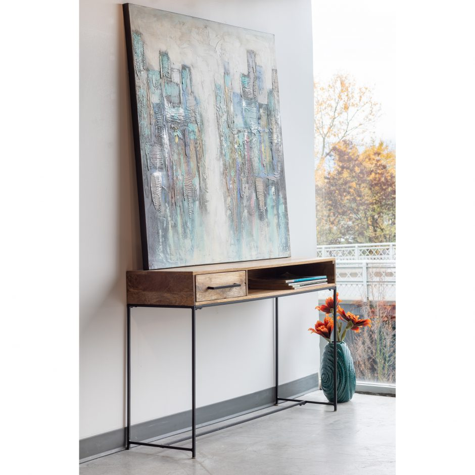 Echo Console Table
