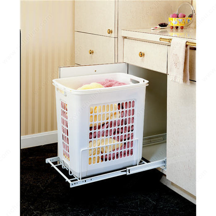 Pull-Out Hamper