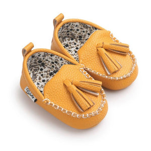 Moccasins with Styled Sole & Tassle for 0 - 18 Months - lil giggles baby supply