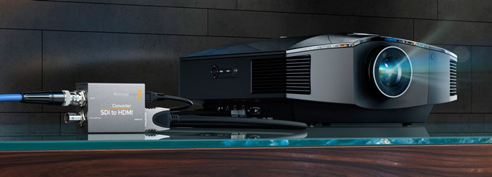 Blackmagic Micro Converter HDMI to SDI Projector
