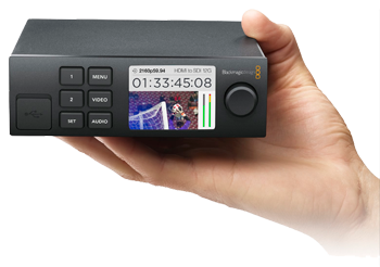 Blackmagic Teranex Mini - Quad SDI to 12G-SDI Hand