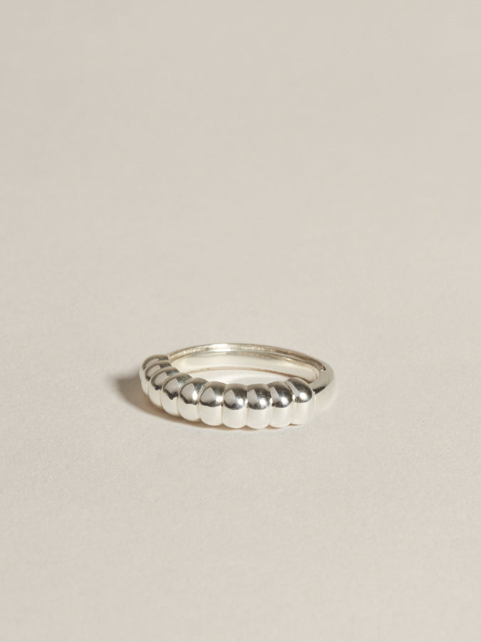 J. Hannah Niche Ring 14k White Gold diamonds