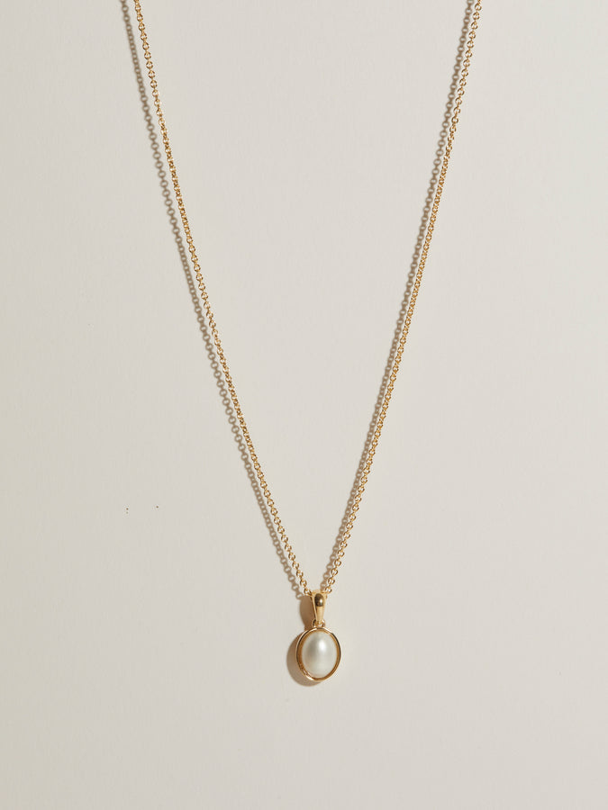 J. Hannah Oval Mabe' Pearl Pendant necklace 14k gold