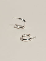 J. Hannah Form Hoops III Earrings Silver Detail