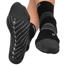 Targeted Compression Sock with Cushioning In 4 Sizes - Black & Gray, 1 Pair