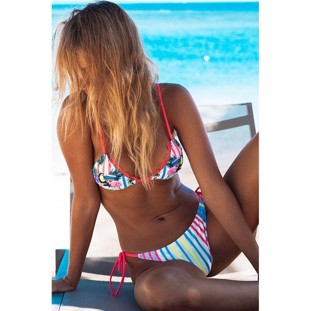 Top Beach Wear Ladies Bikinis