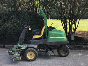 John Deere 2500B Riding Greens Mower (6827)